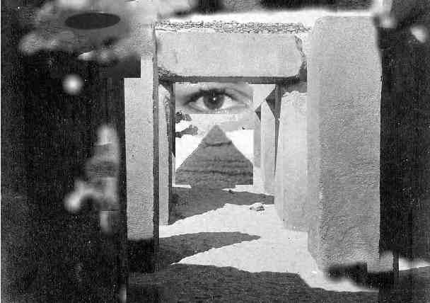 ufo eye - milford grindstaff (c) 2001